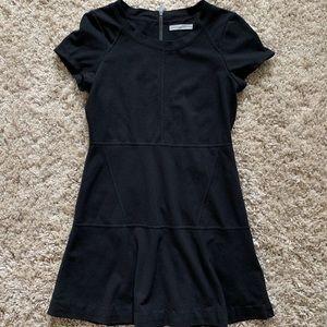 Athleta short sleeve fit & Flare dress - black